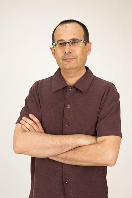 Luis Carlos Gracia soldador, profesor de SEAS