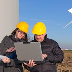gestión y desarrollo de renovables y mantenimiento industrial